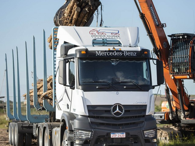 New_Actros_Forestal_1